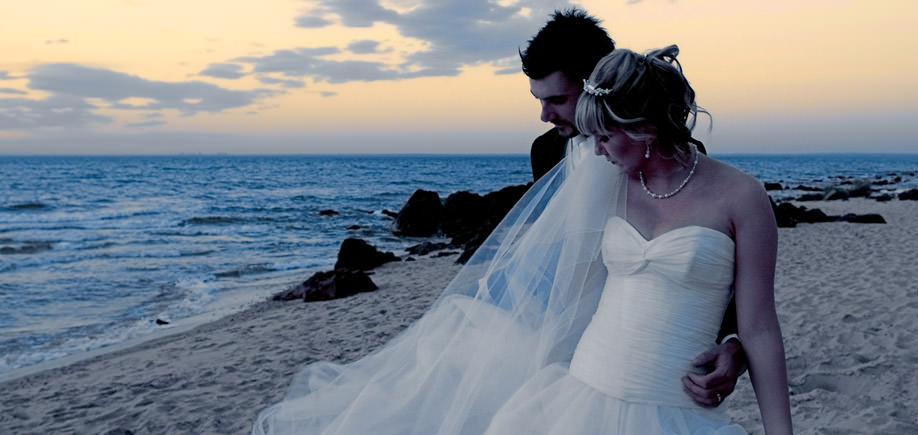 wedding-beach-sunset